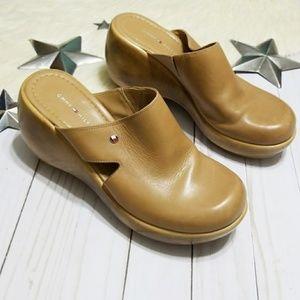 Tommy Hilfiger vintage clogs platform tan leather